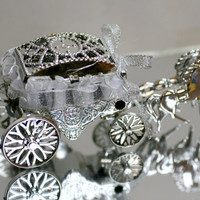 Small Silver Princess Carriage, For Weddings, Birthday Supplies, Craft Projects.