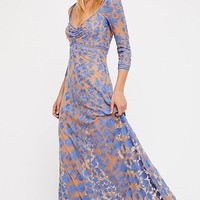 Temecula x Lace Maxi Dress