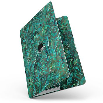 """Green Damask Watercolor Pattern - 13"""" MacBook Pro without Touch Bar Skin Kit"""