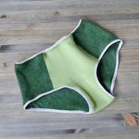 Cashmere hipsters panties in green - washable in cold water - made to order