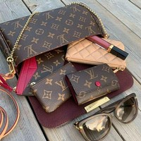 LV Louis Vuitton Classic Bucket Bag Shoulder Bag Messenger Bag Writing Book Round Key Case