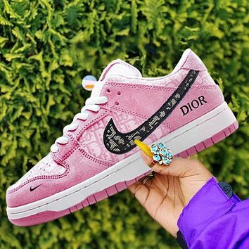 NIKE SB DUNK LOW casual shoes skateboard shoes low-top sneakers shoes pink