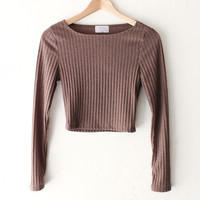 Long Sleeved Ribbed Crop Top - Taupe