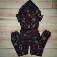 Camo Cropped Hoody Top w/ matching joggers Set