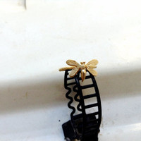 14K Gold Bee ring Texture band Spring trends Nature inspired jewelry