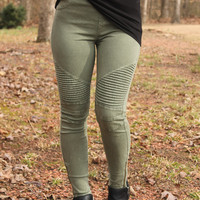 Beulah Moto Jeggings in Olive