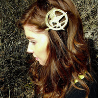 $12.00 Mockingjay Hair Clip in Girl on Fire by itsquirkshop on Etsy