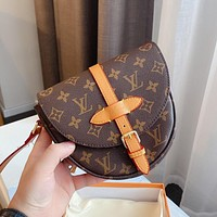 Louis Vuitton LV new presbyopia series saddle bag flap shoulder messenger bag