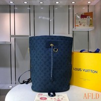 HCXX 19Aug 589 Louis Vuitton LV M44617 Fashion Print Large Bucket Chalk Backpack 31-42-21cm
