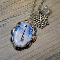 Chronicles of Narnia: Lucy Pevensie necklace