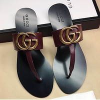 GUCCI Popular T-shaped flat sole flip flops in early spring