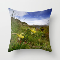 """""""Narcisus Nevadensis"""". Endemic flower Throw Pillow by Guido Montañés"""