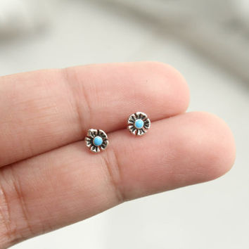 Tiny Turquoise Stud Earrings - Sterling Silver Flower Turquoise Stud Earrings - Tiny Stud Earrings - Minimalist Earrings - Turquoise Stud
