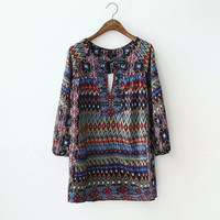 Stylish Vintage Print Round-neck Long Sleeve Pullover Ladies Shirt [5013359428]