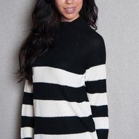 Forever Gate Colorblock Striped Funnel Neck Sweater With Raglan Sleeves - B/w
