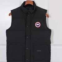 Canada Goose Men's Sleeveless Vest Homme Winter Casual Coats Male Cotton-Padded Men's Warm Vest Photographer Men Waistcoat