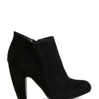 Mozza-02 Curved Heel Ankle Bootie