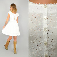 50's White EYELET rockabilly feminine Structured summer DAY DRESS heart buttons, extra small-small