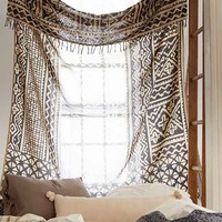 4040 Locust Traditional Gauze Tapestry