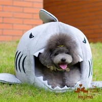 Colorfulhouse Shark Round House Puppy Bed with Pet Bed Mat, Small to Medium (Small)