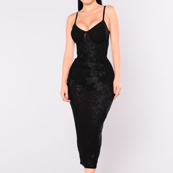 First Impression Dress - Black