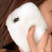 White Furry Case for iPhone 5