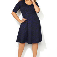 Plus size fashion clothing including tops, pants, dresses, coats, suits, boots and more| Avenue