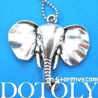 Classic Elephant Animal Pendant Necklace in Shiny Silver