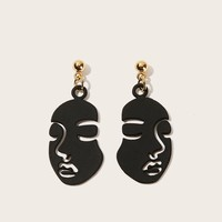 Face Design Drop Earrings 1pair