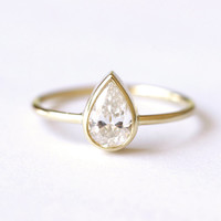 0.5 Carat Solitaire Pear Diamond Engagement Ring - 18k Gold