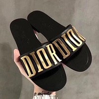 Dior CD Fashion Lady Beach Sandals and Slippers Metal Letter LOGO Logo Flat Slippers 2