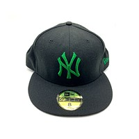 New Era 59FIFTY New York Yankee Black With Green Fitted Hat