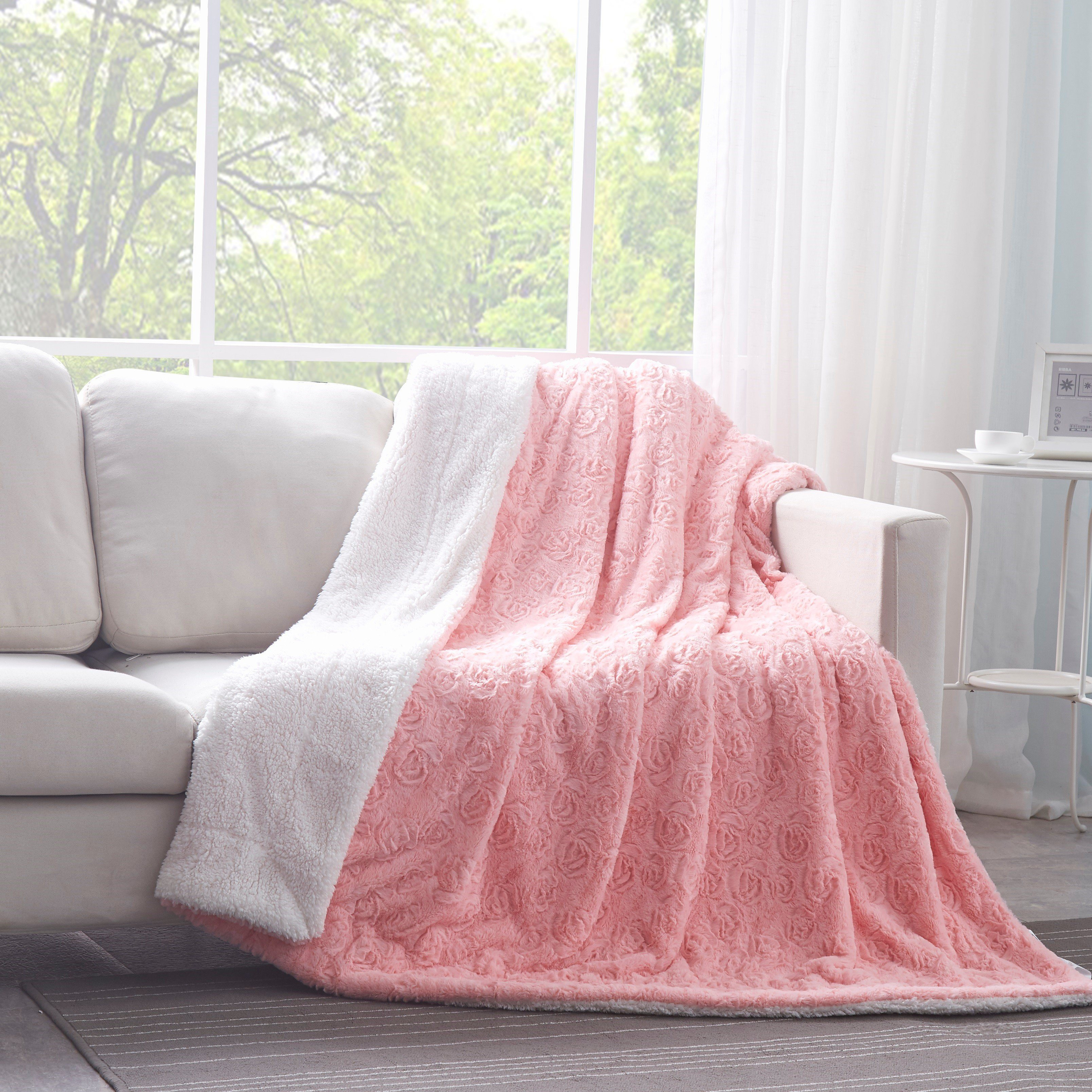 Image of DaDa Bedding Luxury Blossom Rose Buds Cherry Blossom Pink Faux Fur w/ Sherpa Backside Throw Blanket (BL-171752)