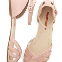 ModCloth Pastel Anywhere You Rome Sandal in Pink