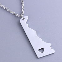 I heart Delaware Necklace - Delaware Pendant - State Charm - Map necklace - Map Jewelry