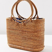 Circle Handle Straw Bucket Bag | Urban Outfitters
