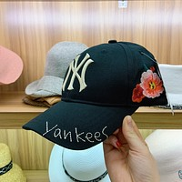 """New York Yankees"" Unisex All-match Fashion Flower Letter Embroidery Baseball Cap Couple Casual Peaked Cap Sun Hat"