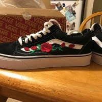 Red Rose Crush Embroidered Vans🌹❤️