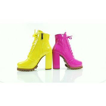 """CR Crush Lace Up Ankle Boots 4.5""""  Chunky Heels 6 -11 Yellow Patent"""