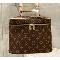 LV  Louis Vuitton New fashion monogram print leather shoulder bag women handbag cosmetic bag