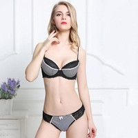 Women Push Up Bra Lace Bra And Panty Set Embroidery Deep V Lingerie&Knicker GIFT