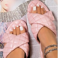 Explosive hot selling all-match flat-bottom women's sandals shoes