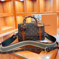 Louis Vuitton LV casual new style flip trend one-shoulder handbag