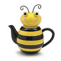 Adorable Bumble Bee Teapot