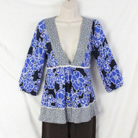 Anthropologie Ric Rac Top S size Blue Mixed Fabric Tunic Shirt Soft Vneck Floral