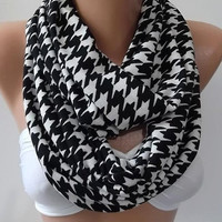 Elegant Infinity Scarf Loop Scarf Circle Scarf -It made with good quality wool  fabric...