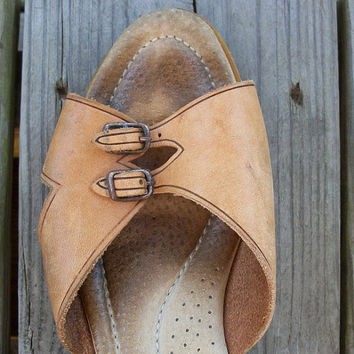 Vintage sandals  1970sstyle tan leather wedge by bonmarchecouture