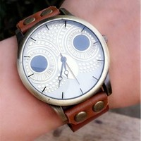 Juice Action Vintage Handmade Owl Dial Leather Rope Bracelet Watch with Rivet