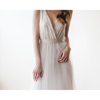 Maxi tulle and sequins wedding dress