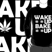 Marijuana wake and bake Crew Neck!